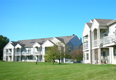 Lake Pointe Apartments (Westport)