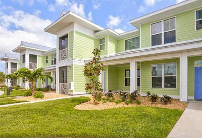 Lemon Bay Apartments